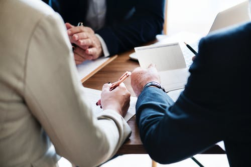 How to Pay For a Lawyer: Financing Options For Legal Fees